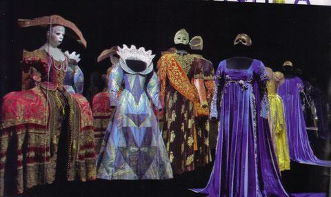 Art du costume à la Comédie française, au CNCS en 2011 (Connaissances des arts No 608)