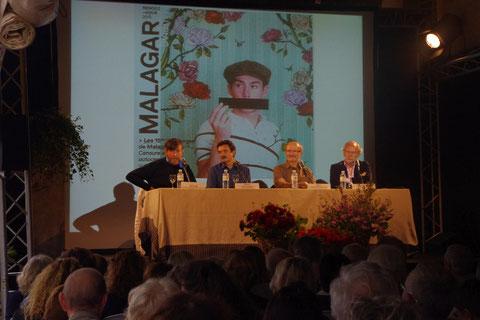 De gauche à droite, Wiaz le dessinateur de presse, Edwy Plenel, Eric Fottorino, Laurent Joffrin, réunis pour débattre sur la censure (photo de Malagar)
