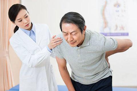 リハビリはとっても大事ですが、一人では難しい。筋の硬結を緩めて身体を使いやすくするのが効果的です