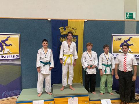 Judo Club Stockerau: Tarik Hasanovic und Maximilian Allwardt bei der Siegerehrung der dritten Runde Nachwuchscup 2019