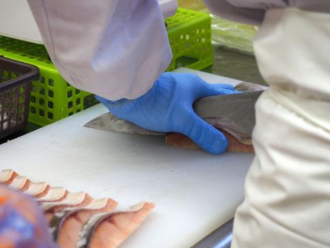 魚のカット(切り身、角切りなど)