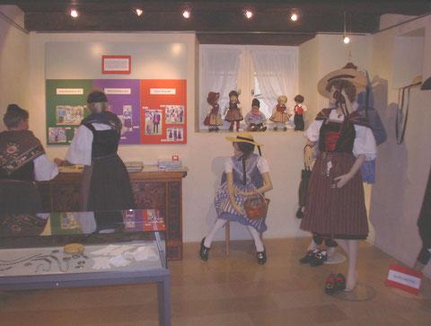 Trachtenausstellung 2001
