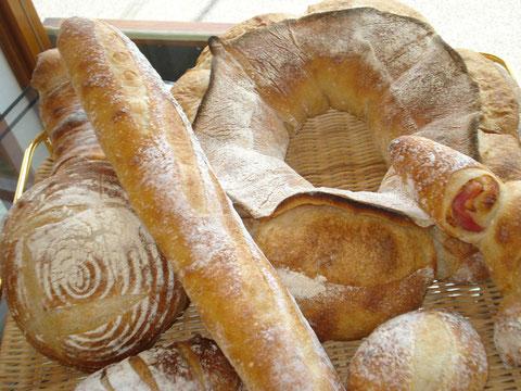 ミラベルの自家製酵母パン
