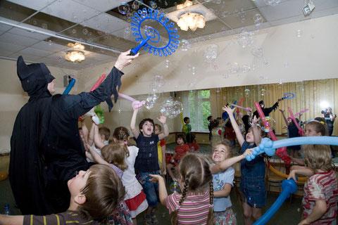 пригласить заказать вызов бэтмена на детский праздник, день рождения на дом, детский сад, школу
