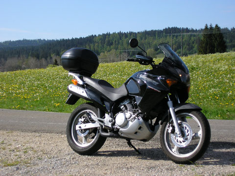 Ma moto dans les environs de Pontarlrier