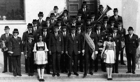 1974: Nach einer Marschmusikbewertung in Frankenfels