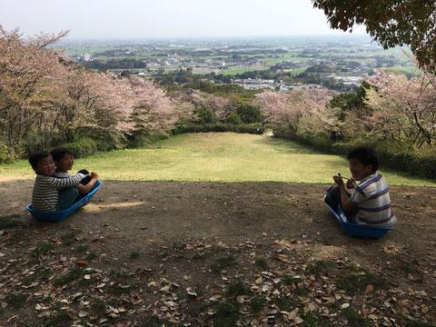 桜の下で 幸田文と笹井宏之を読む 佐賀 ほっこり本の会 ホームページ