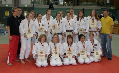 Qualifizierte Sportlerinnen aus Baden- Württemberg und die Lantestrainer