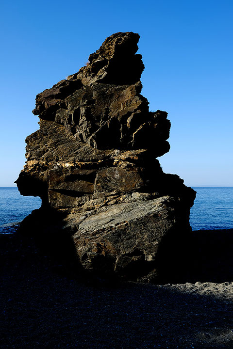 Mathieu Guillochon photographe, Grèce, Crète, Koraka, Rodakino, rocher, falaise, voyage, mer, rivage, littoral, plage, été, bleu.