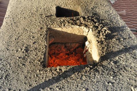 Blick in den Kamin - zum Vergrößern auf das Bild klicken