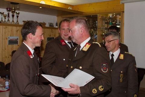 Beförderung von Martin Jaufenthaler zum Brandmeister (BM) durch den Bezirkskommandanten