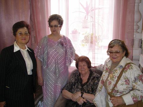 Творческий вечер поэта Фёдорова в Саратовском доме работников искусств_Барабанова_Сернова_Ущева_Каримова_26 мая 2009 г.