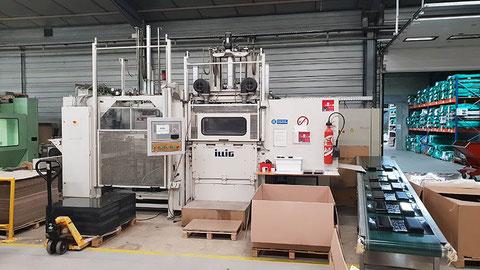 Machine de thermoformage automatique bobines et plaques