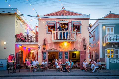 Essen und Trinken - Mundo Bizarro - Urlaub auf Curacao