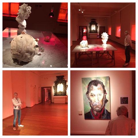 Mieke Drossaert bezoekt expo 'Bloed' in Alden Biesen