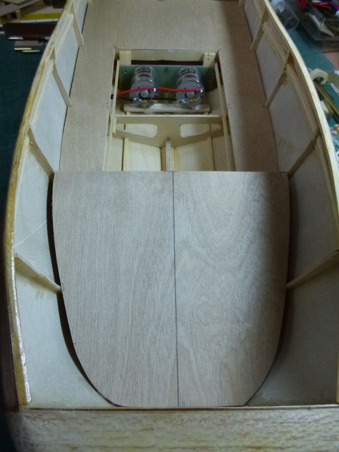 Fabrication et pose à blanc du plancher