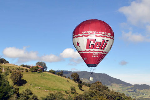 GELI balloon by EDUARDO BARRIGA from COLOMBIA (!)