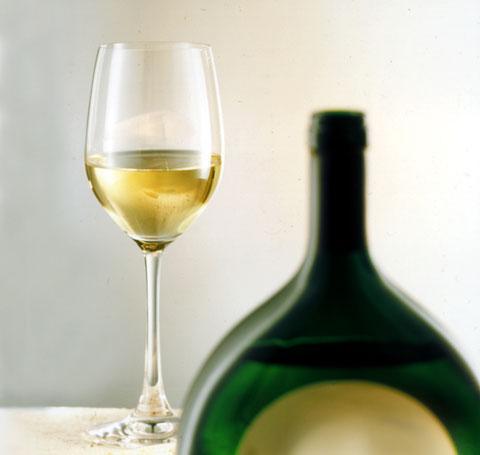 Ein Glas Silvaner passt perfekt zur Spargel Pasta mit Parmesan
