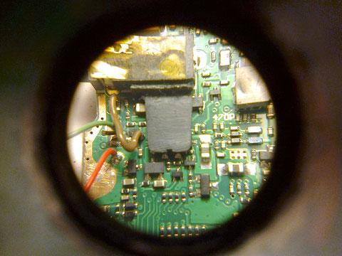 Soporte placa PCB pegado. Vista 1.