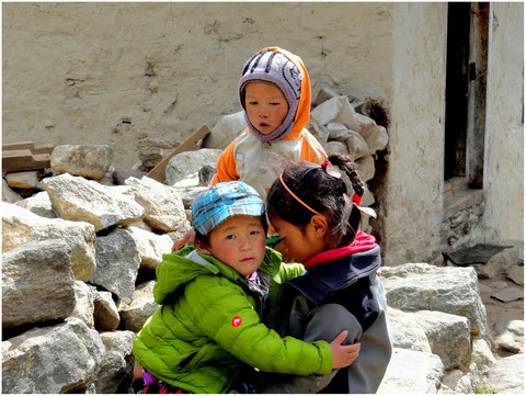 NEPAL, una popolazione devastata dal sisma
