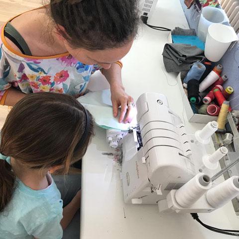 Kindernähkurs - nähen mit Kindern - Wendebeanie nähen - Nähkurs mimt Kindern