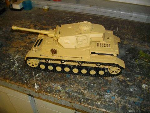 HL- Modell Panzer IV F2 bzw. G mit KwK 40 L/43