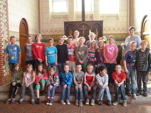 Klasse 3a in der Kirche