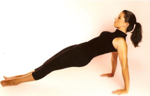 valerie lefeuvre studio attitude pilates besançon forme fitness bien etre leg pull up supine exercice