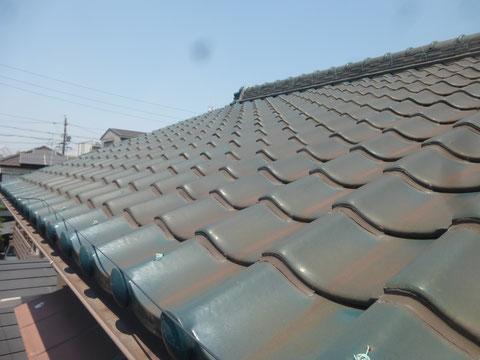 瓦同士をくっつけてしまうラバー工法は屋根の負担に…