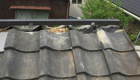 ②棟補強金具、垂木の設置