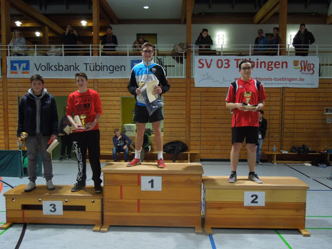 Die Sieger der U18-Konkurrenz: 1. Anton Grauer, VfL Pfullingen; 2. Alexander Mayle, TTC Stein; 3. Colin Becker, VfL Pfullingen und Vincent Gustedt, TSV Lustnau.