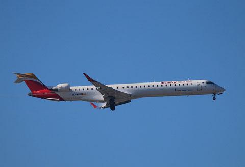 "CRJ-1000 "" EC-MLO ""  Air Nostrum -1"