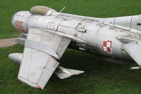 MiG19 905-4