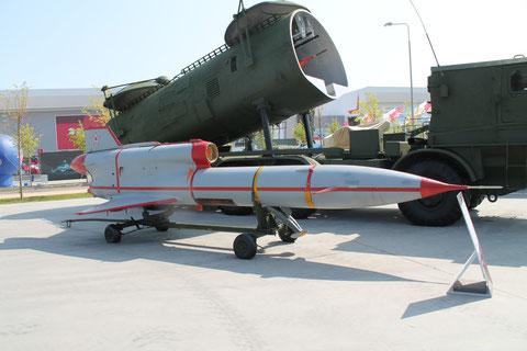 TU 143 Rejs -1