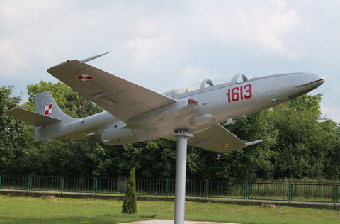 TS11 1613-3