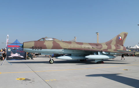 "SU 7BM "" 5320 "" Czech Air Force -1"