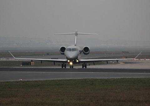 "Bombardier BD-100-1A10 Challenger 350 "" 9H-VCO ""  Vista Jet -1"