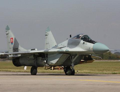 MiG 29 3911-8