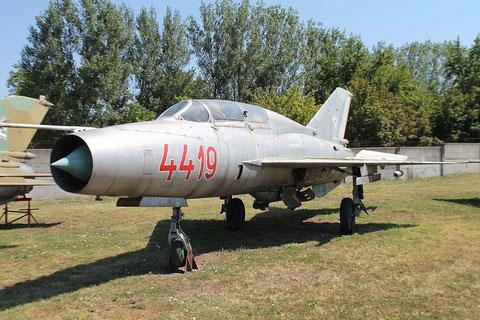 MiG21U 4419-2