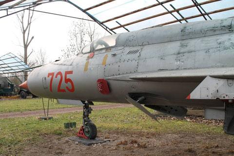 MiG21 725-2
