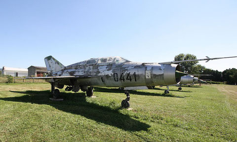 "MiG 21US  "" 0441 ""  Slovak Air Force -2"