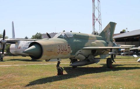 MiG21bis 3945-2