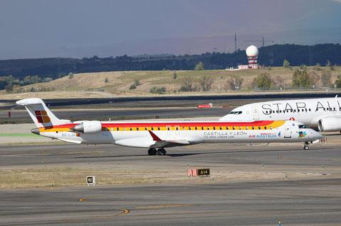CRJ1000 EC-LJX-1