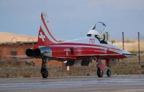 F5 J-3082-5