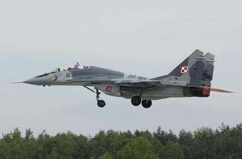 MiG29UB 42-2