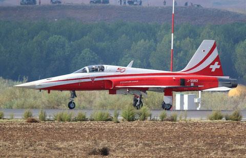 F5 J-3082-3