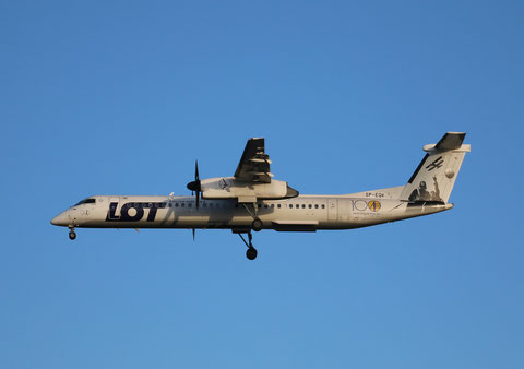 "DHC-8-402 Dash 8 "" SP-EQK ""  Lot -2"