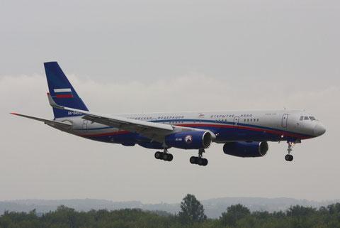 TU214 RA-64519-3