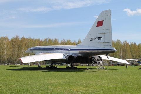 "TU 144 "" CCCP-77110 "" -2"