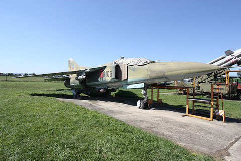 "MiG 23UB "" 8109 ""  Czech Air Force -1"